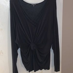 CHARLOTTE RUSSE LONG SLEEVE T-SHIRT